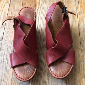 Red lather wedges